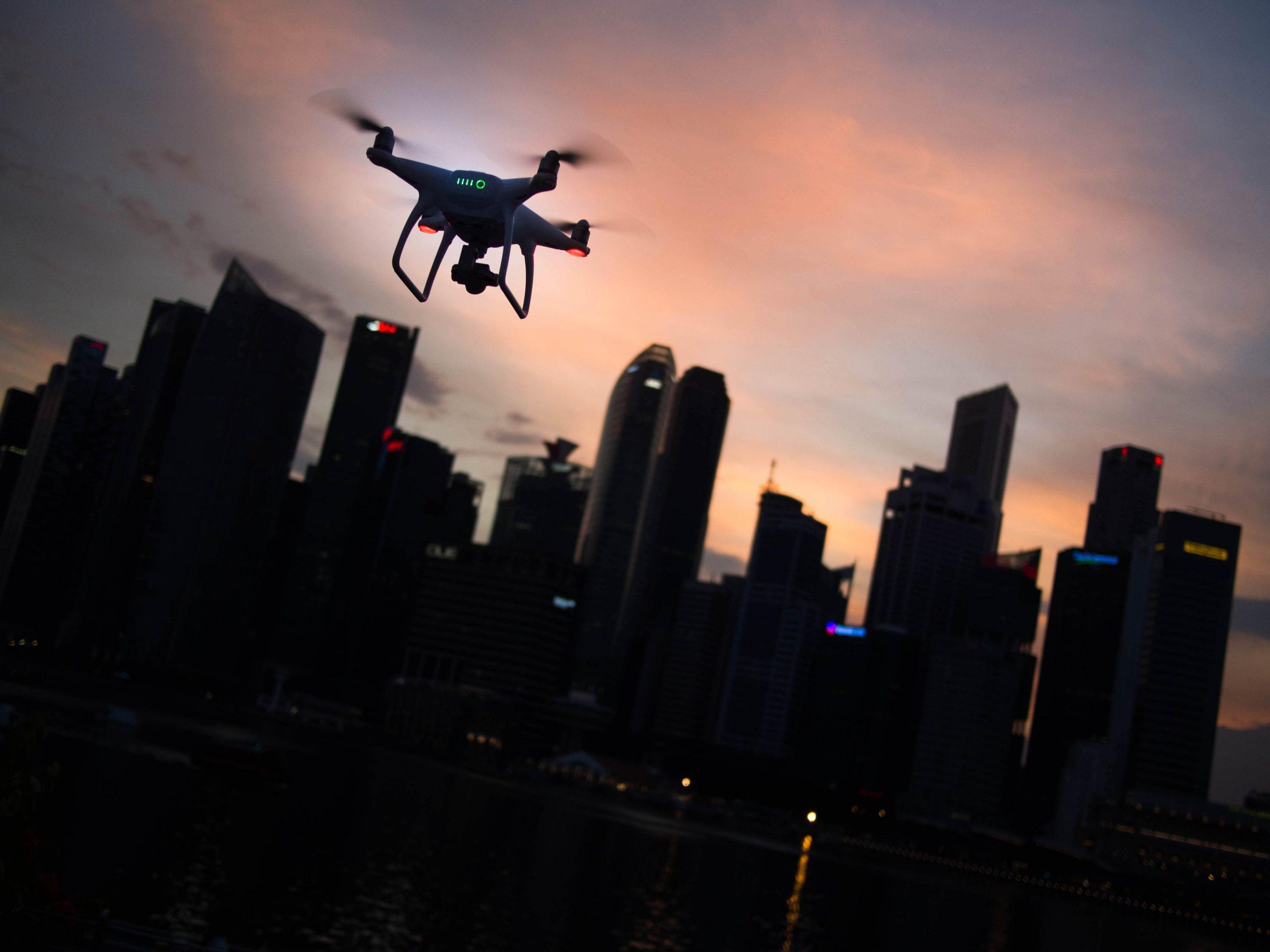 Een bedrijfsfilm maken met drone, wat zijn de voordelen?